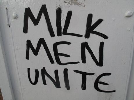 milkmen_72